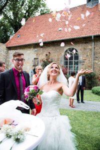 Lutterbach Fotografie Hochzeit Hannover 14 200x300 - Lutterbach Fotografie_Hochzeit_Hannover (14)