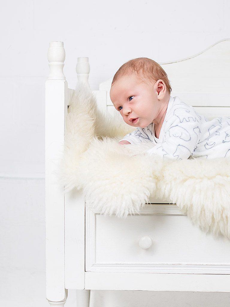MG 4383 Bearbeitet 768x1024 - Babybesuch im Studio