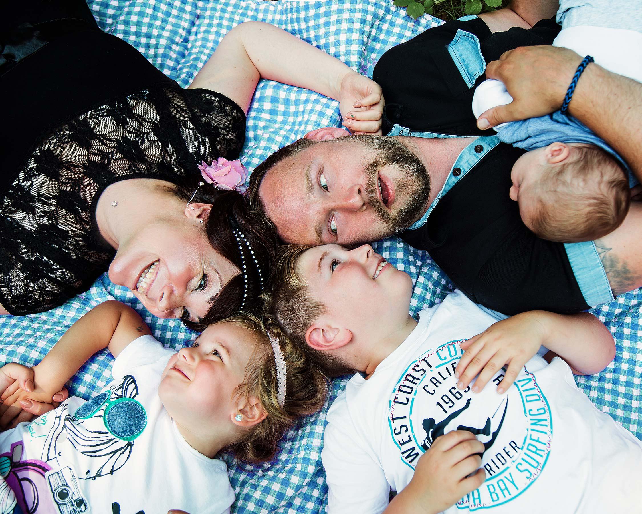Lutterbach Fotografie Familienshooting Familie Kinder Eltern Hannover Foto
