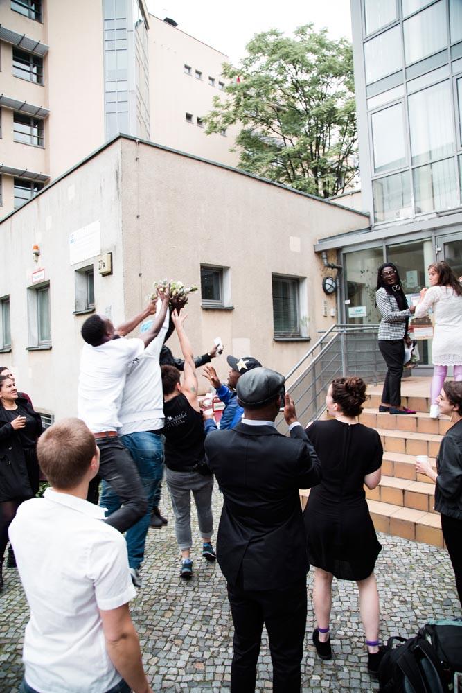 Lutterbach Fotografie Hochzeit Minihochzeit Wedding Hannover Berlin 35 - Heiraten auf Berlinerisch